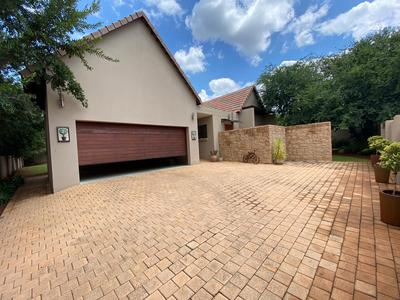 Property For Sale in Leloko lifestile estate, Hartebeespoort