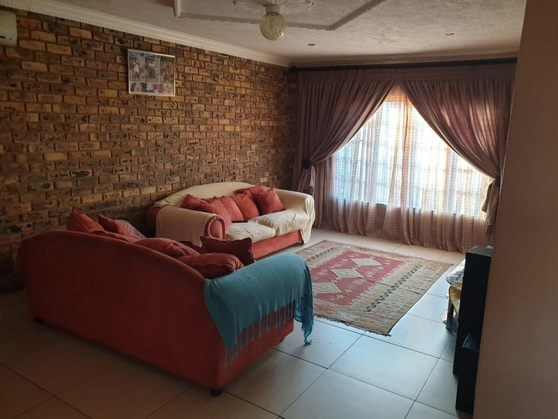 Property For Sale in Doornpoort, Pretoria 9