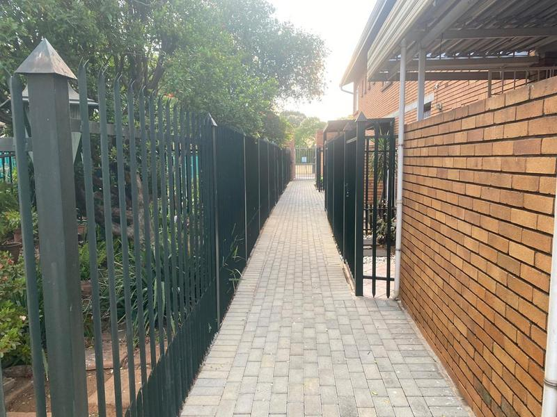 Property For Sale in Wonderboom South, Pretoria 18