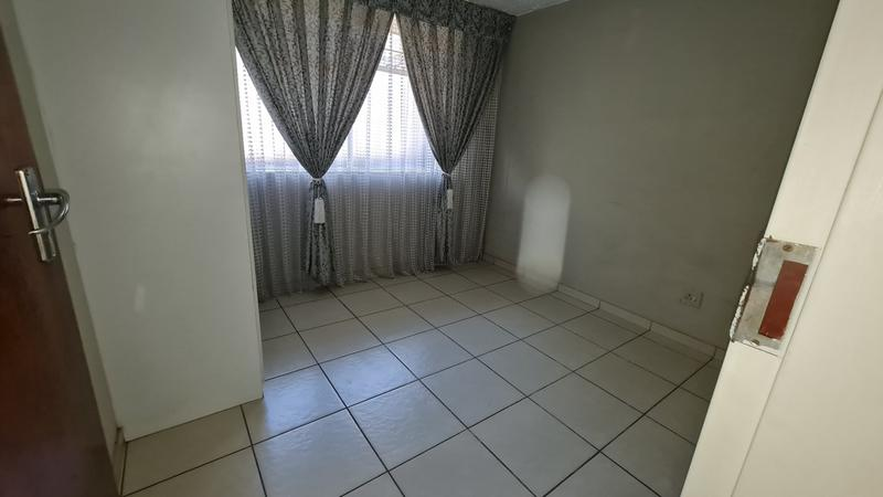 Property For Sale in Sinoville, Pretoria 10